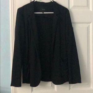 Soft aritzia black blazer size 6 very comfortable